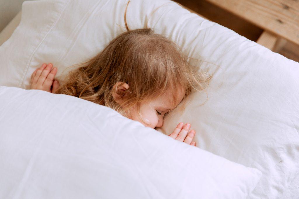 como-dormir-temprano-a-mis-hijos-colegio-washington-3